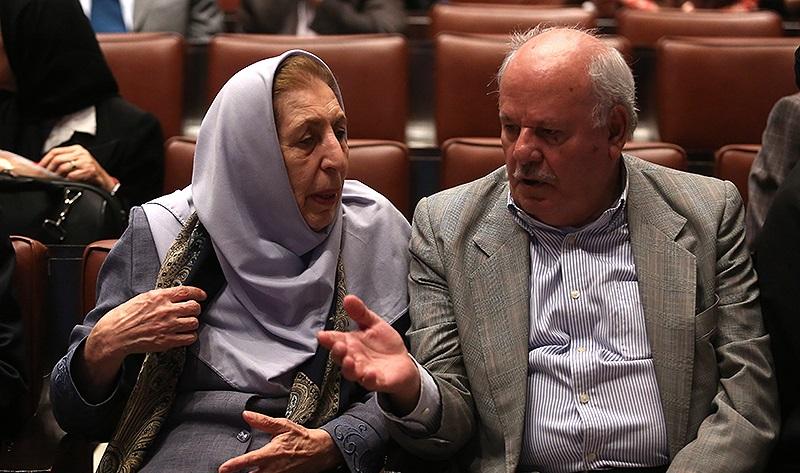 محمدتقی رهنمایی و ژاله آموزگار